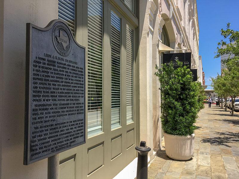 Leon H Blum Co Building Historical Marker