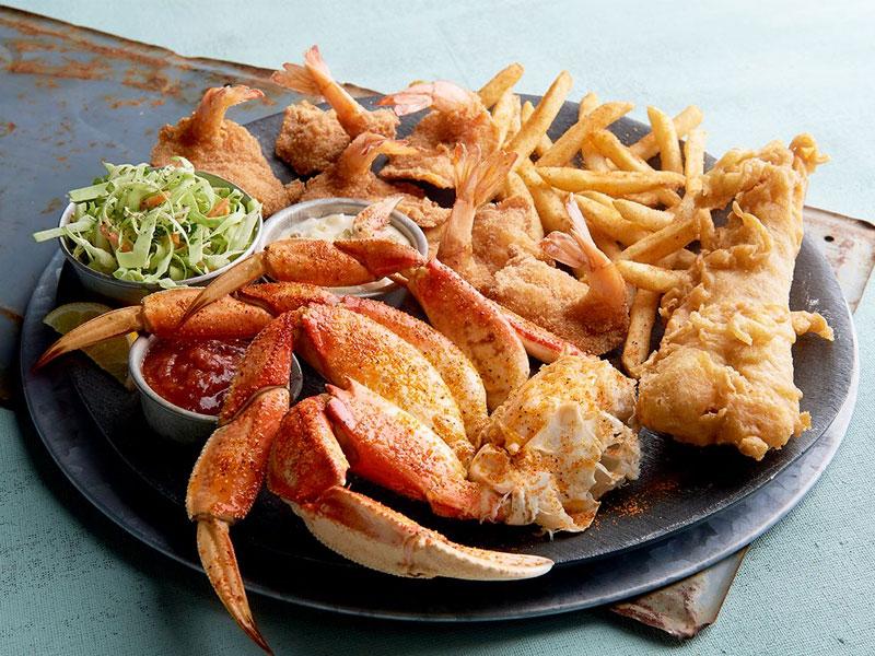 A Meal at Joe's Crab Shack