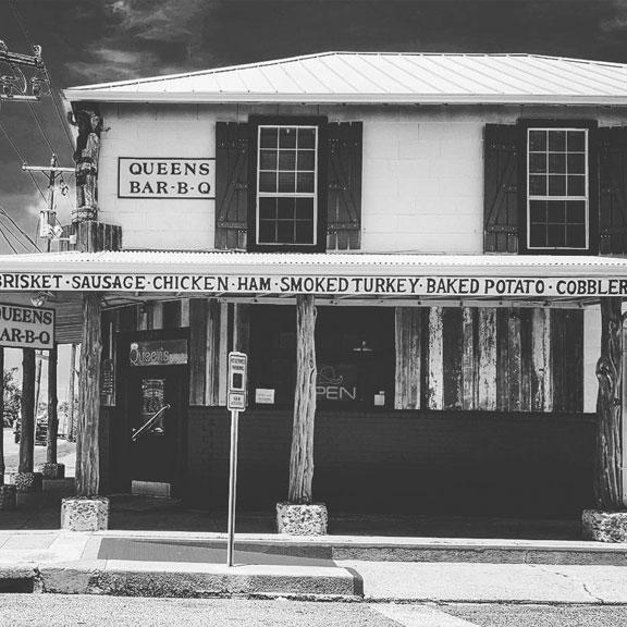 Queen's Bar-B-Que, Galveston TX