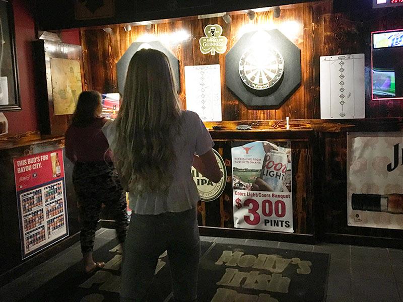 Darts at Mollys Pub