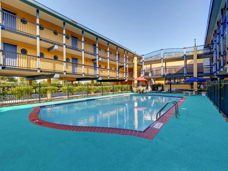 Scottish Inns Pool Galveston