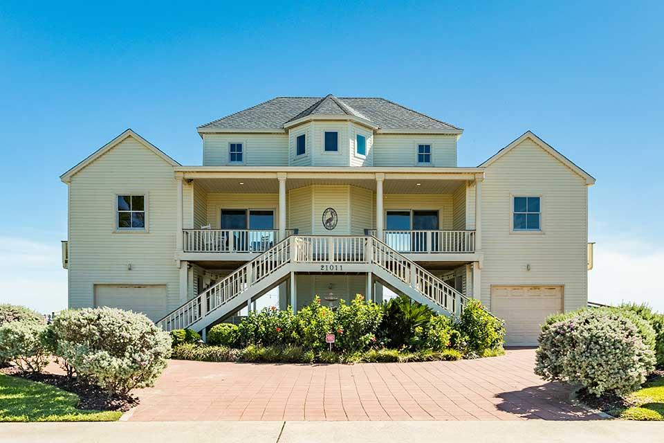 The Posh Pelican Vacation Rental