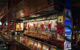 Molly's Pub & Old Cellar Bar