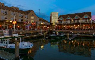 The Marina at Harbor House Hotel, Pier 21