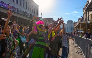 Catching Beads on The Strand