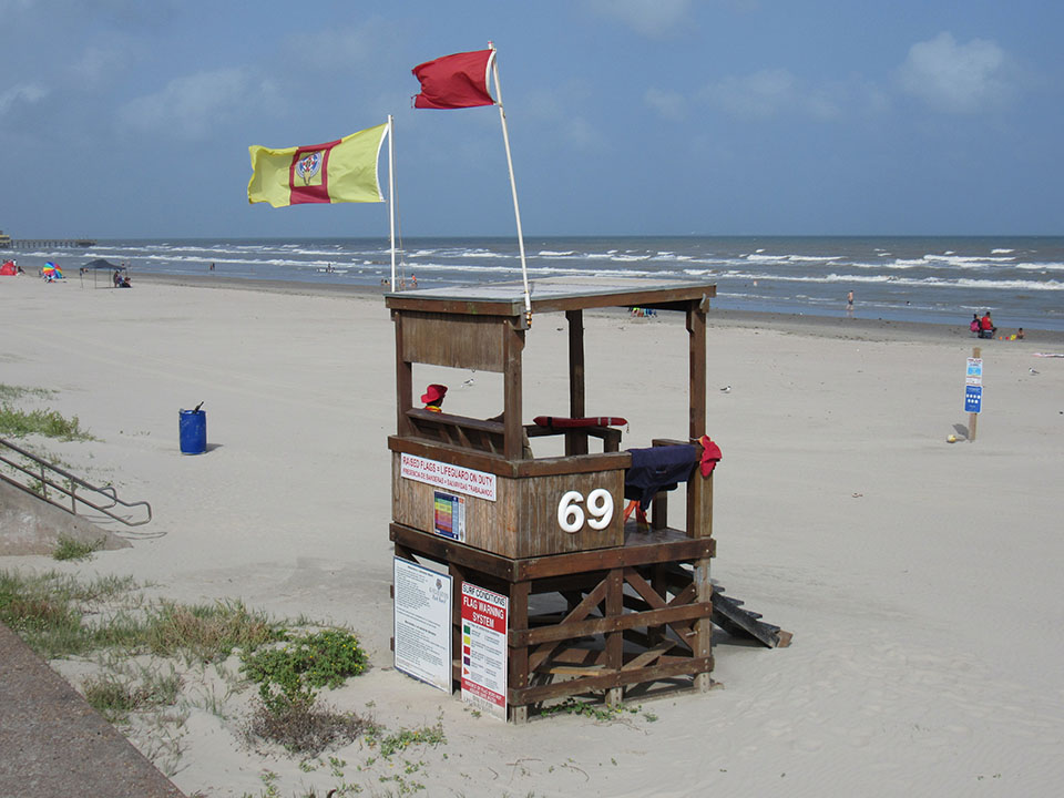 Life Guard Stand on Babe's Beach