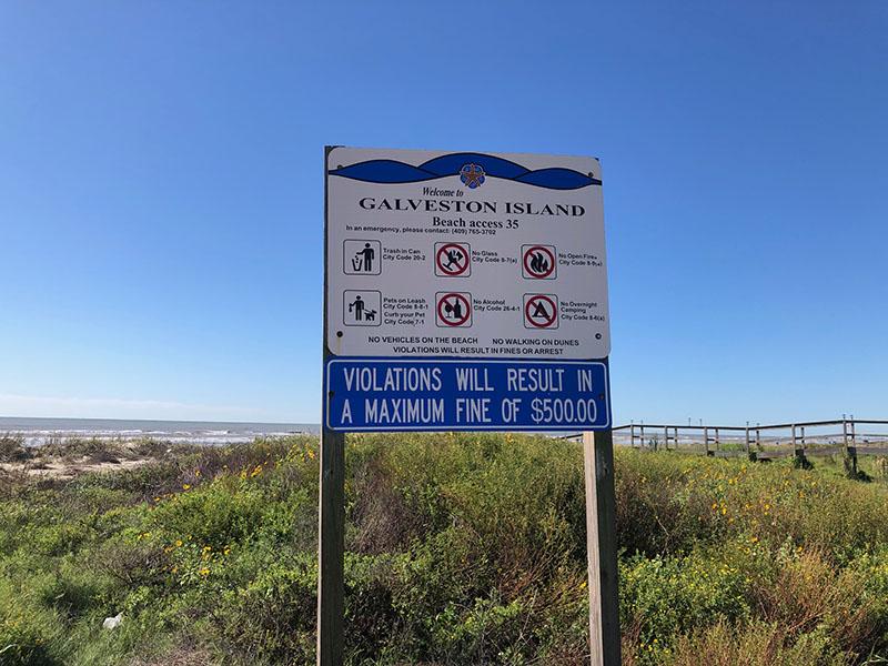 Beach Access Point 35 at Half Moon Beach - Rules Sign