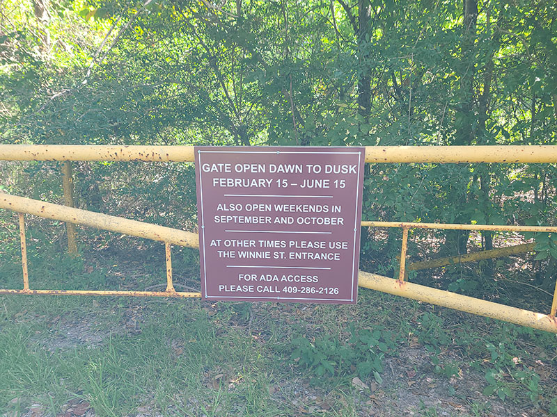 Smith Oaks Bird Sanctuary - Old Mexico Road Entrance