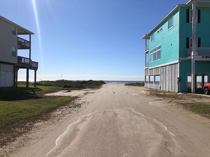 Beach Access Point 33 at Bay Harbor Entrance at 2nd Street