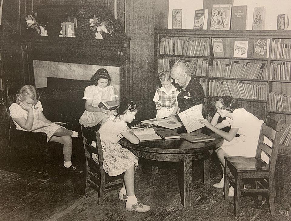 Rosenberg Library's Emma Lee ca 1940